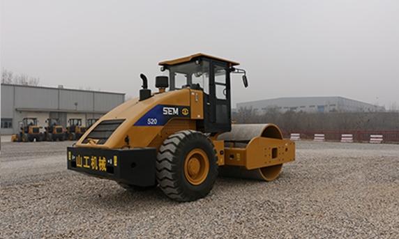 山工SEM520單鋼輪壓路機
