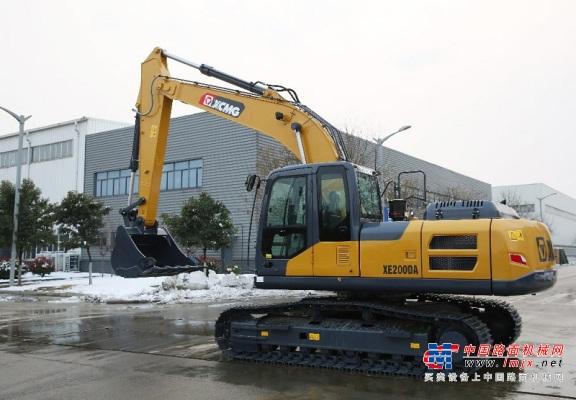 徐工XE200DA液压挖掘机