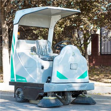 宜迅YX-1500小型扫地车\清扫机