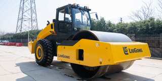柳工CLG6633E全液压单驱单钢轮压路机