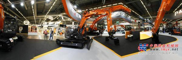 中国路面机械网带您720度全景看法国展日立建机