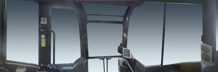 卡特彼勒305.5E2小型液压挖掘机内饰