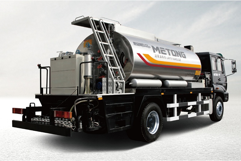 美通筑机LMT5096GLQZ智能型沥青洒布车高清图 - 外观