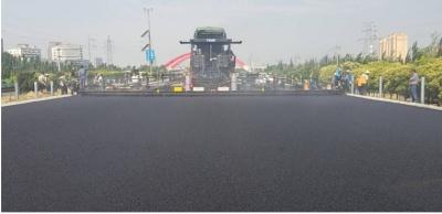 天顺长城SP1860-3多功能沥青摊铺机高清图 - 外观