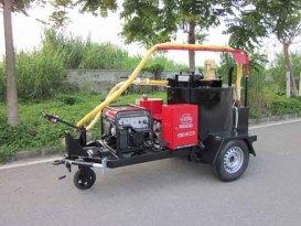 易山重工CLYG灌缝机械350L拖挂自走式灌缝机