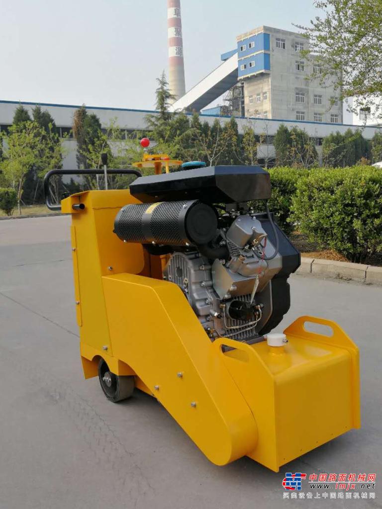 路霸L-路霸QXY350C液压自行走柴油铣刨机铣刨机高清图 - 外观