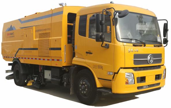易山重工ESN5160TXC清扫车-吸尘清扫车便宜出租-北京济南全国可租