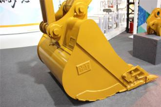 卡特彼勒新一代Cat®323 GC液压挖掘机高清图 - 外观