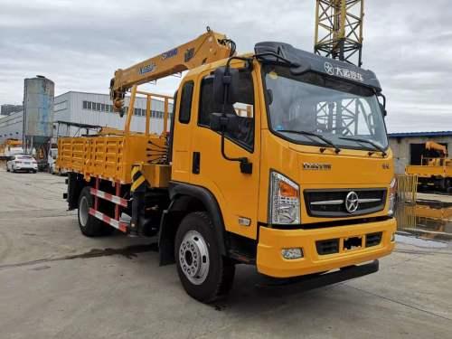 楚胜CGC5140JSQHDE44E型6.3吨随车起重运输车