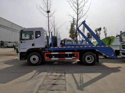 楚胜CSC5168ZBSEV型10方摆臂式垃圾车
