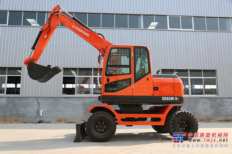 山鼎机械SD80W-9T小型挖掘机高清图 - 山鼎SD80W-T9小型轮式挖掘机外观图片