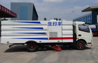 楚胜CSC5125TXS6型扫路车