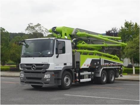 中联重科ZLJ5300THBBE 40X-5RZ泵车