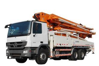 中联重科47X-5RZ复合技术泵车高清图 - 外观