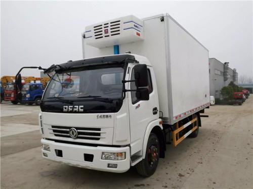 程力箱长5.15米东风多利卡冷藏车
