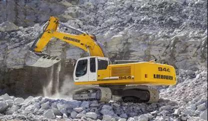 利勃海尔R944C液压挖掘机