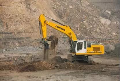 利勃海尔R944C SME液压挖掘机