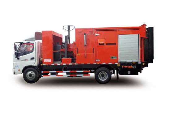 英达TM220沥青路面综合养护车