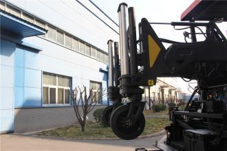 天顺长城SP2060-3超大型多功能摊铺机高清图 - 外观
