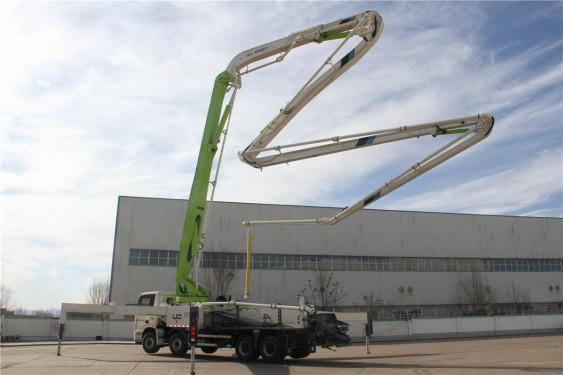 雷萨重机BJ5449THB-XD(L10-58米)泵车高清图 - 外观