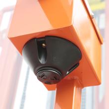 鼎力ZDYT3-3.7S自行走高空取料平台高清图 - 外观