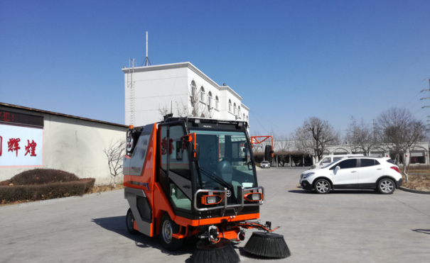 同辉汽车QTH8501清扫机