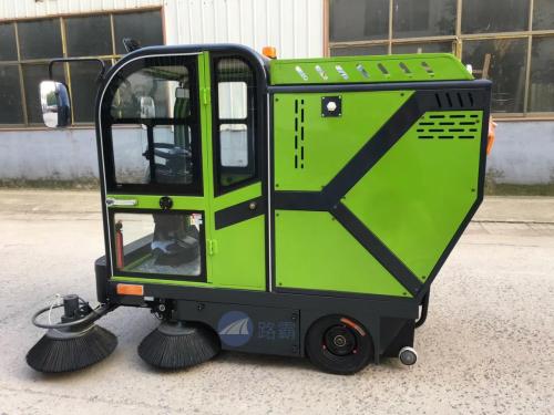 路霸LB-500电动清扫车