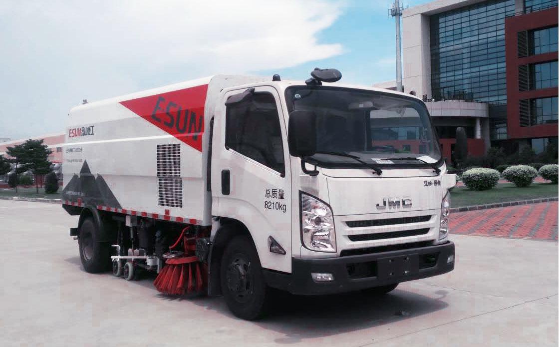 易山重工ESN5080TXSE6国六8吨洗扫车_路面清洗车_江铃底盘高清图 - 外观
