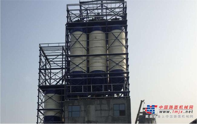 山推SjGZD060-3G砂漿攪拌設備高清圖 - 外觀