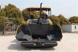 柳工CLG509E沥青摊铺机高清图 - 外观