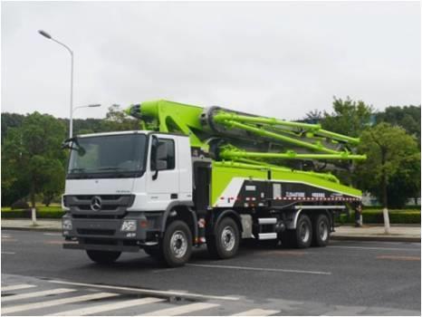 中联重科ZLJ5440THBBE四桥56米复合技术泵车