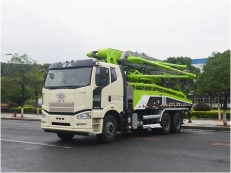 中联重科ZLJ5310THBJE三桥40米泵车