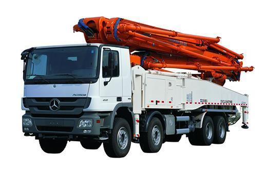 中联重科53X-6RZ复合技术泵车高清图 - 外观