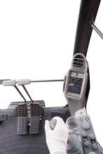日立ZH200-5A挖掘机高清图 - 驾驶室