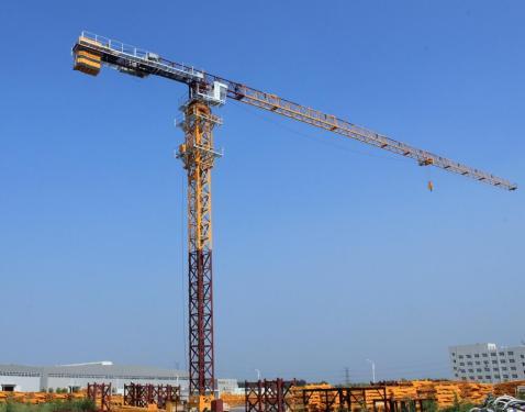 中建机械QTP100(6512)塔式起重机