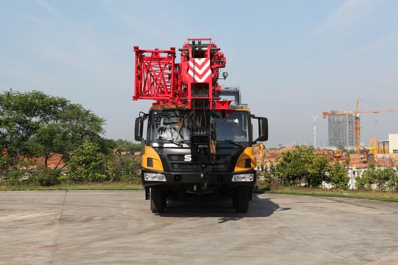 三一重工STC350E5汽车起重机高清图 - 外观