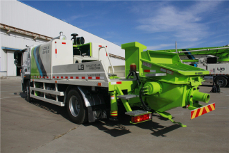 雷萨重机BJ5123THB-9018车载式混凝土输送泵高清图 - 外观
