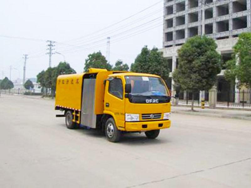 易山重工SZD5071GQX57吨护栏清洗车(可租)高清图 - 外观