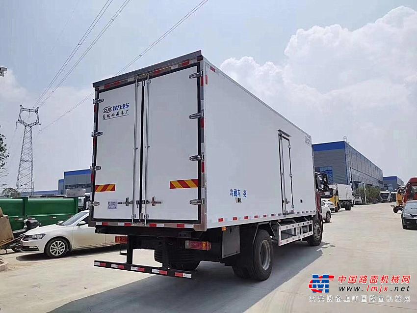 楚胜解放J6单桥6.8米冷藏车高清图 - 外观
