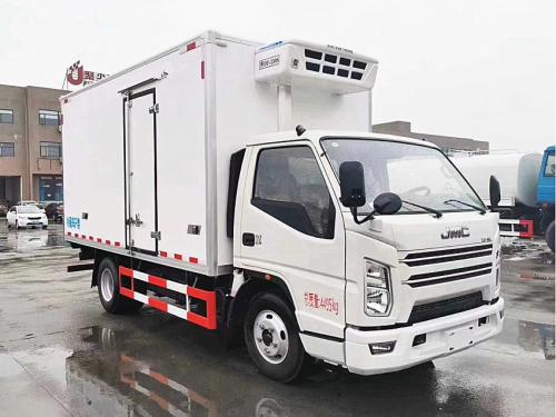 楚胜江铃顺达宽体4.2米冷藏车