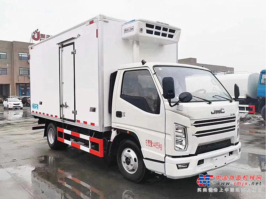 楚胜江铃顺达宽体4.2米冷藏车高清图 - 外观