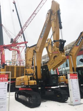 三一重工SY225H挖掘机高清图 - 2020宝马展实拍