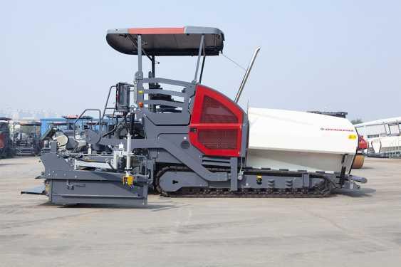 戴纳派克SD2530CS履带式沥青摊铺机高清图 - 外观