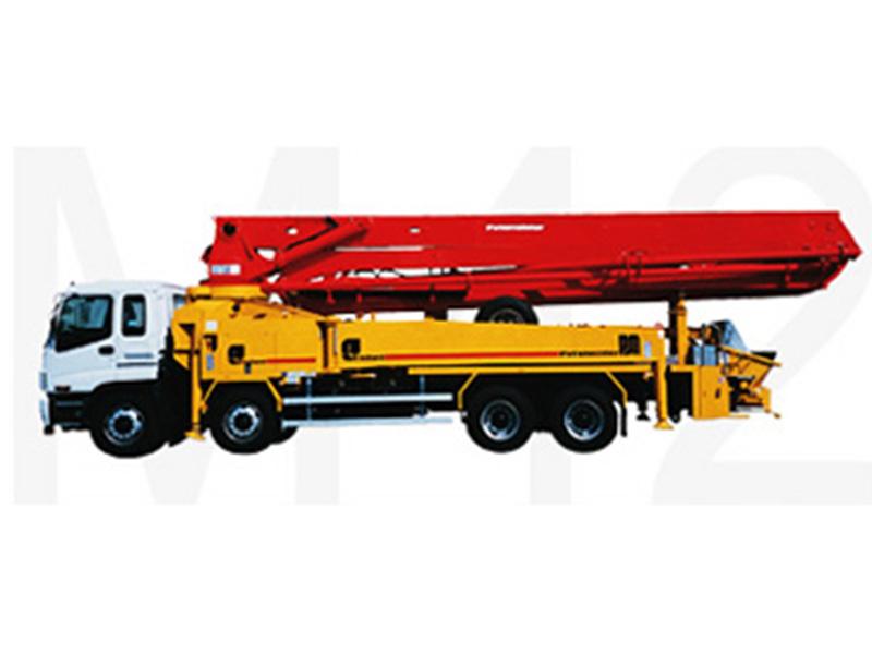 普茨迈斯特M42-4泵车高清图 - 外观