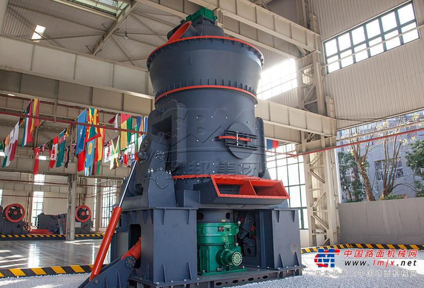 世邦LM难磨系列立式磨粉机高清图 - 外观