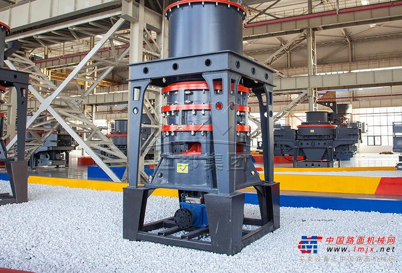 世邦SCM1000超细微粉磨粉机高清图 - 外观
