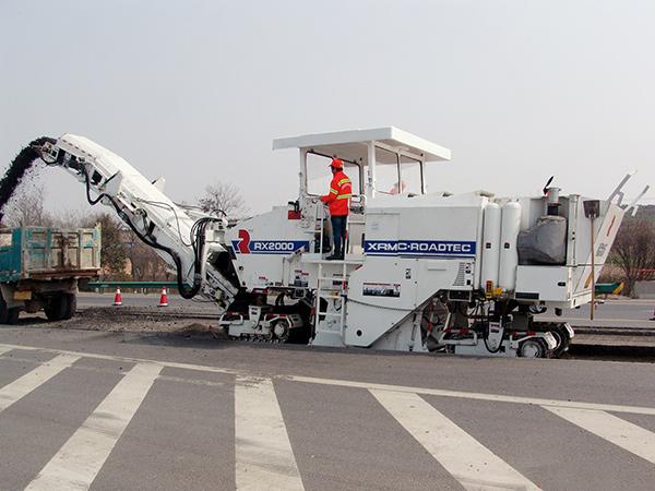 威琈特RM2000铣刨机高清图 - 外观