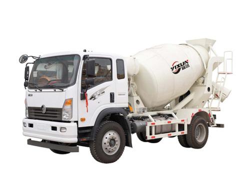 宜迅YX-7500重汽王牌7.5方混凝土搅拌车