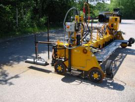 林泰阁EB25/40浇注式沥青混凝土摊铺机