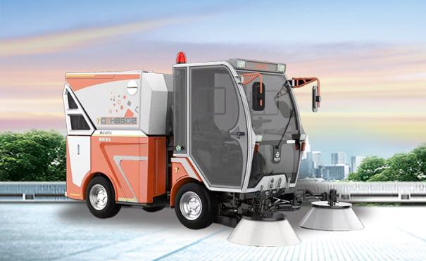 同辉汽车QTH8502柴油动力多功能扫路机